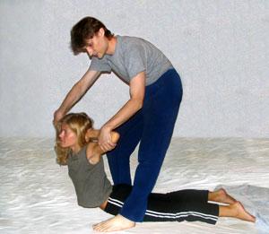 Тайский суставный массаж не вредно ли плавание при деформирующем артрозе коленного сустава